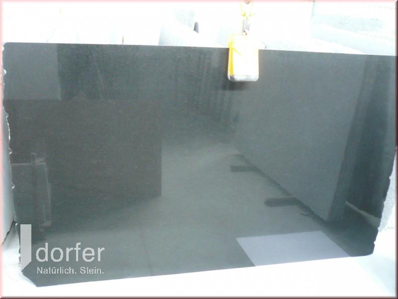 Nero Assoluto Poliert 2cm Block Fd828